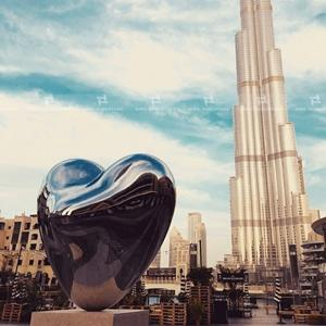 LOVE ME  Dubai Mall ,High polished stainless steel sculpture